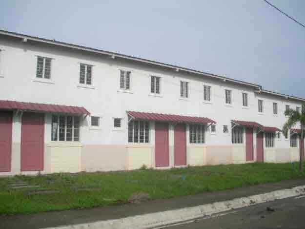 Castillon Homes - Cluster House