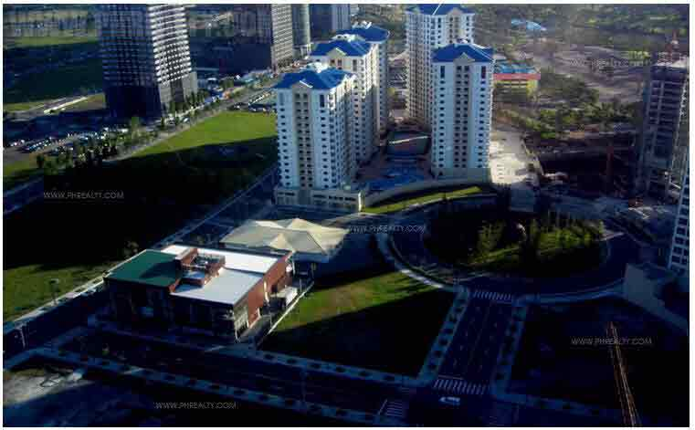 The Fort Residences - Vicinity
