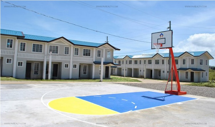 Crescent Knoll Residences - Basketball Court