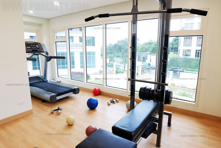 Fifth Avenue Place - Gym