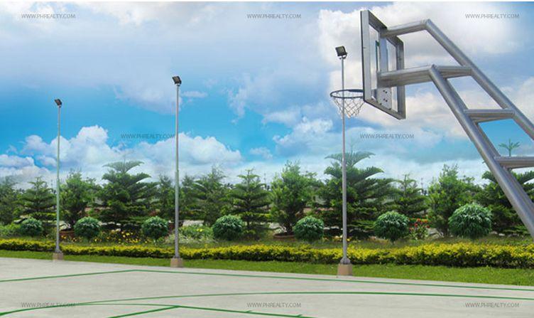 Mirada Dos - Basketball Court