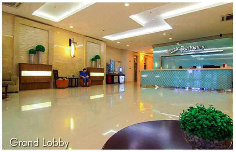 Berkeley Residences - Grand Lobby
