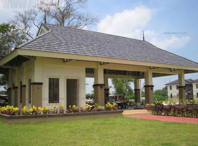 The Legian - Clubhouse