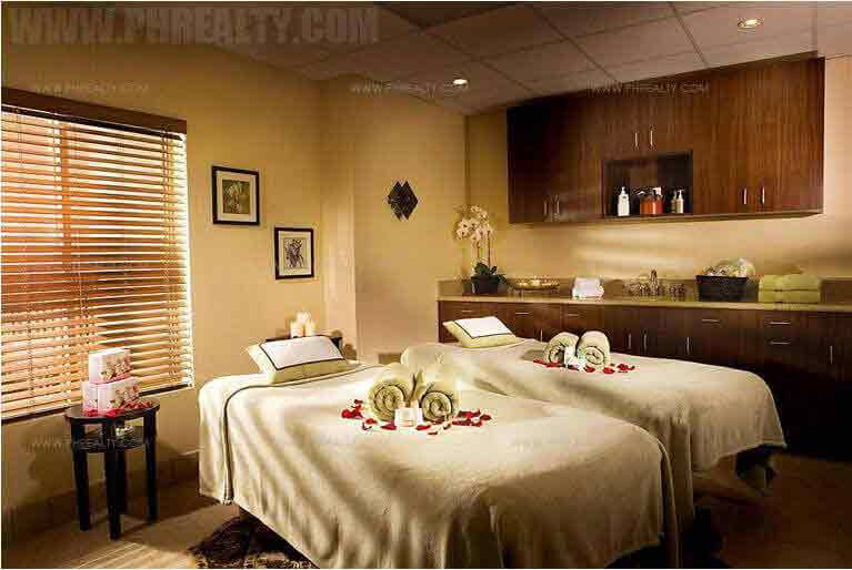The Sapphire Bloc - Massage Room