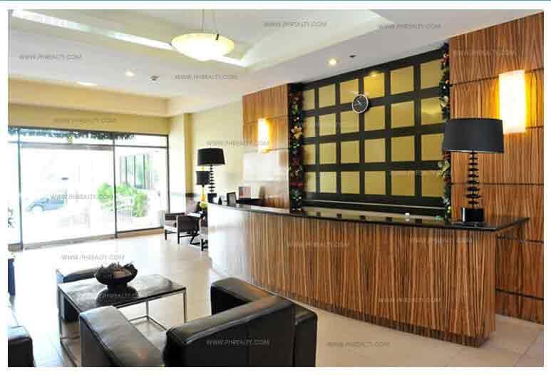 Cypress Towers - Lobby