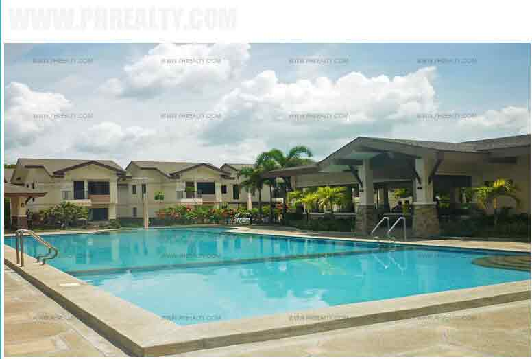 Willow Park Homes - Pool Area
