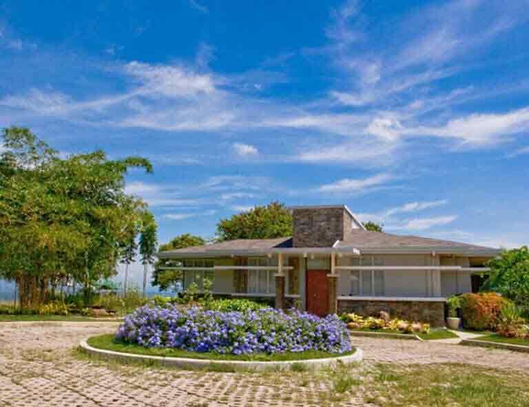 Alegria Hills - Guard House