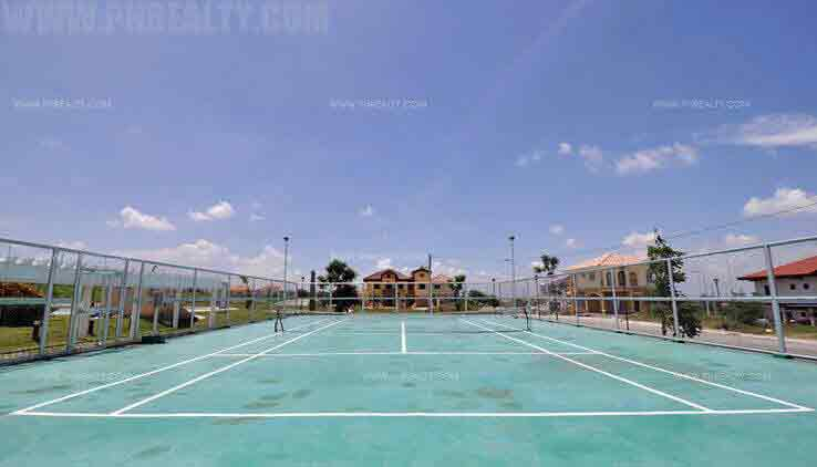 Mediterranean Villas - Tennis Court