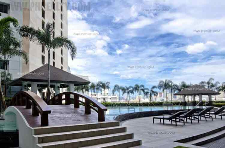 The Grand Towers - Swimming Pool Area