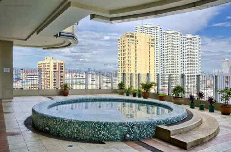 1322 Golden Empire Tower - Jacuzzi
