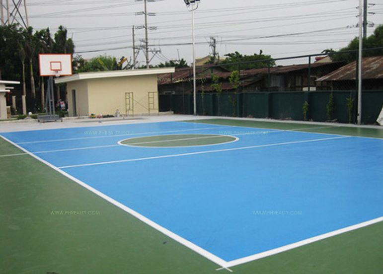The Rochester - Basketball Court