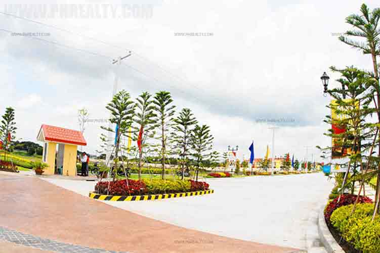 Camella Cabanatuan - Entrance Gate