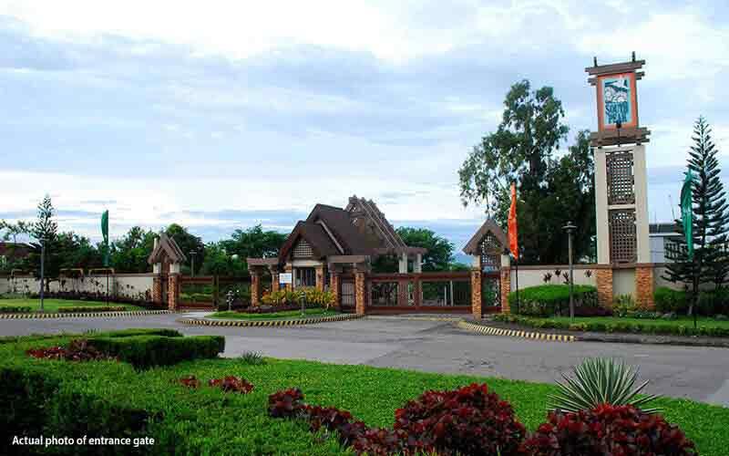 Southpeak Filinvest - Entrance Gate