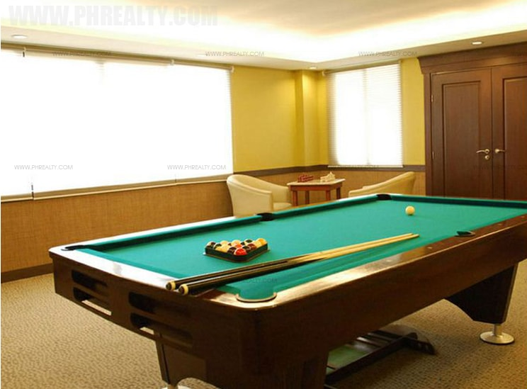 515 Shaw - Game Room