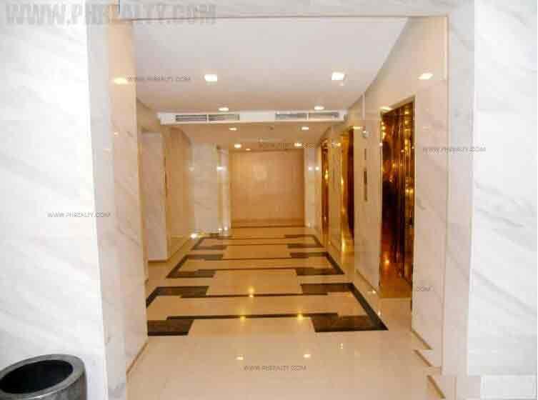Greenbelt Excelsior - Elevator