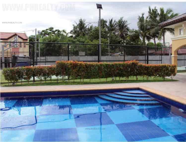 Cerritos Residences - Swimming Pool