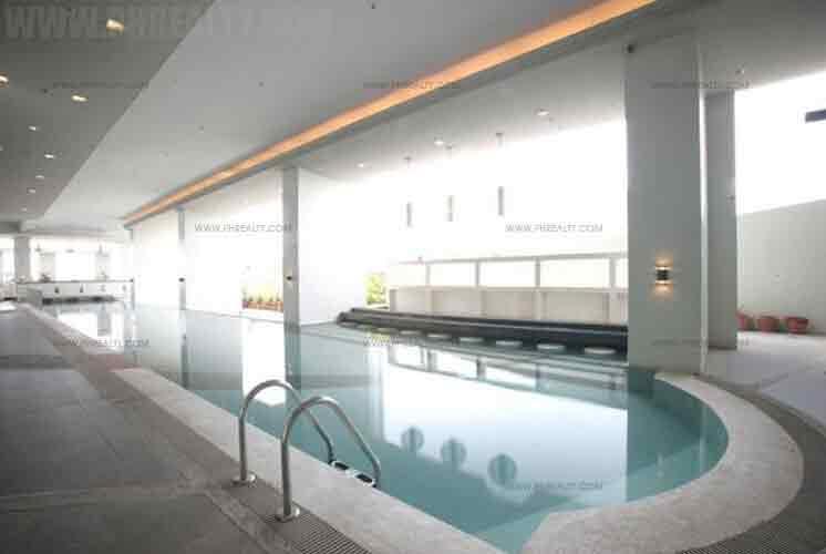 Mayfair Tower - Pool