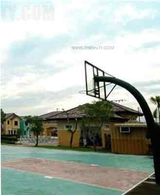Brescia Residences - Basketball
