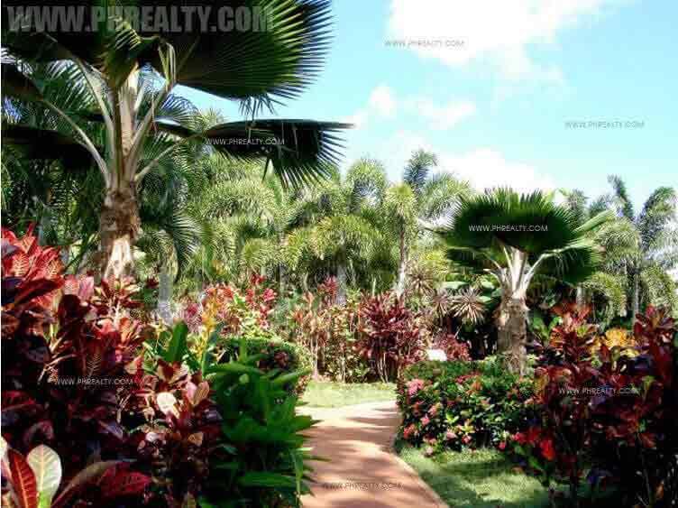 One Central - Garden