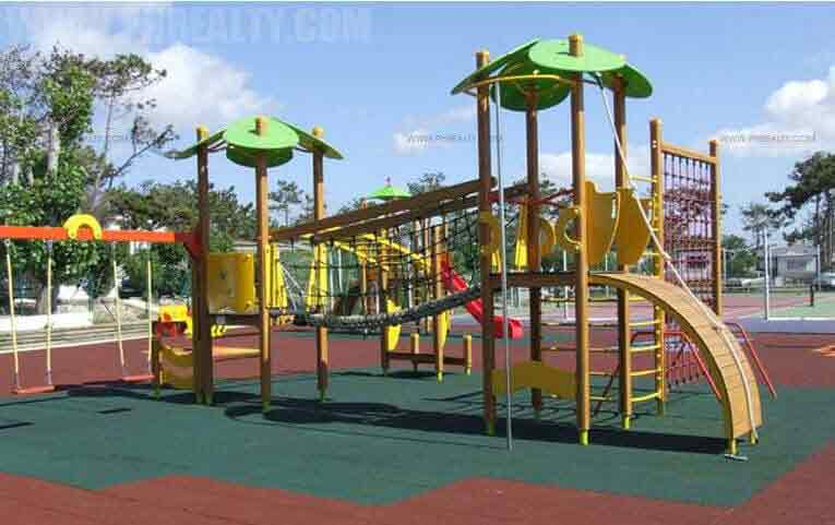 Marco Polo Residences - Childrens Playground