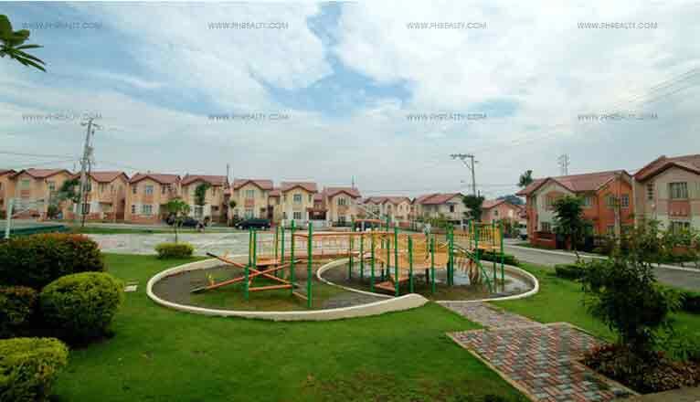 Glenmont - Playground