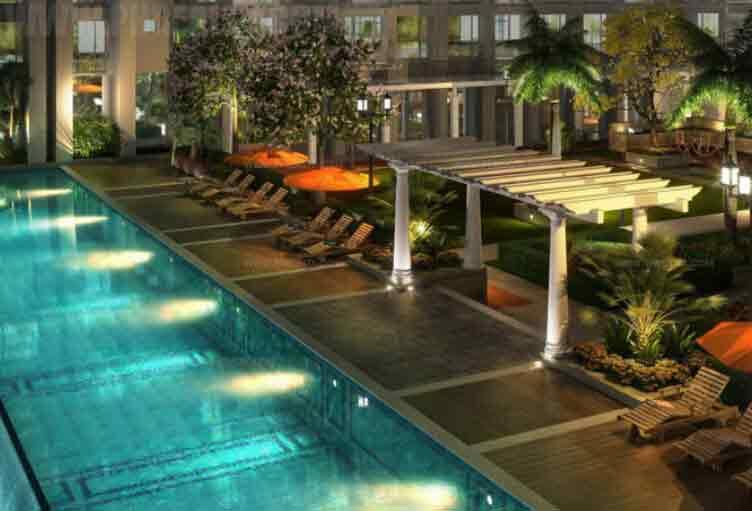 Monarch Parksuites - Lap Pool