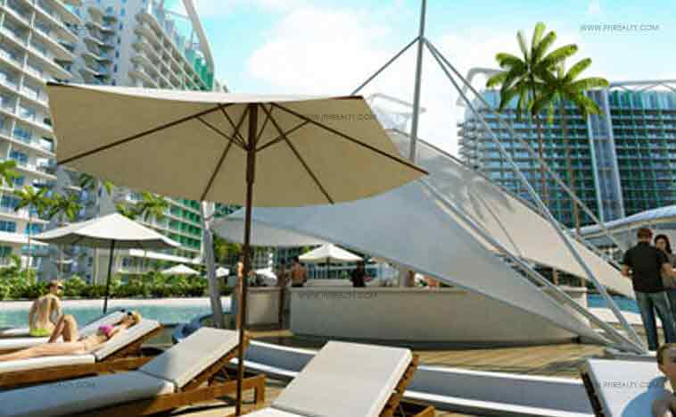 Azure Urban Resort Residences - Paris Beach Bar
