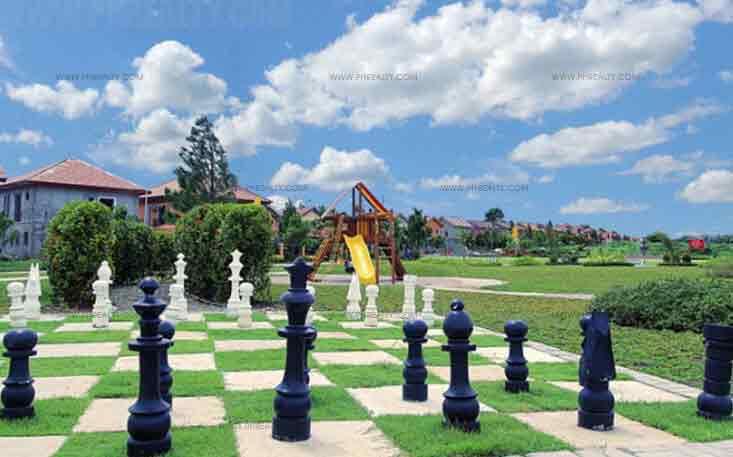 Valenza - Playground