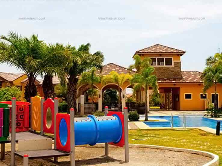 Citta Italia - Swimming Pool & Playground