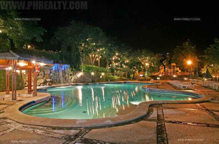 Canyon Woods Residences - Swimming Pool