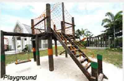Paseo De San Roque Village - Playground