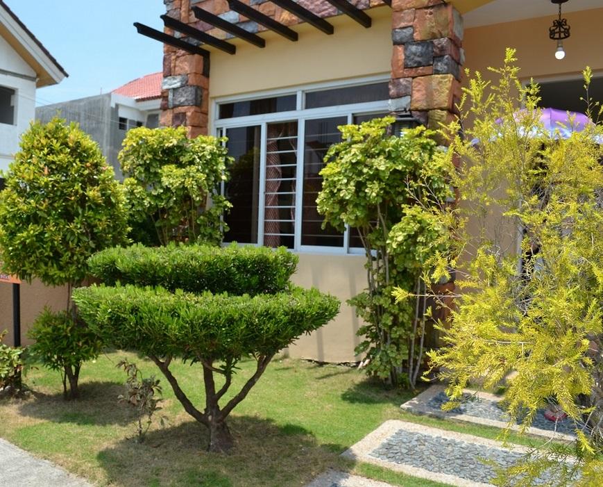 Danarose Residences - Lawn