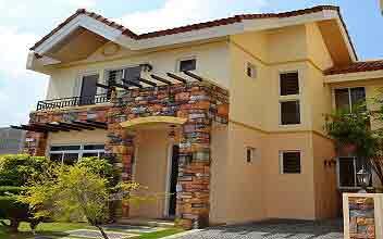 Danarose Residences - Rozella House Model