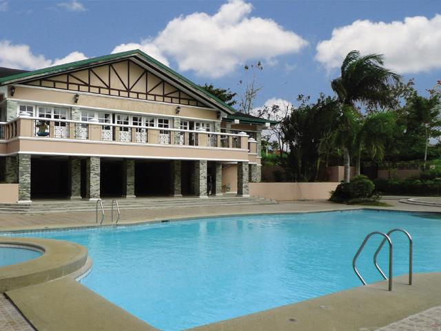 Tagaytay Tropical Greens - Swimming Pool