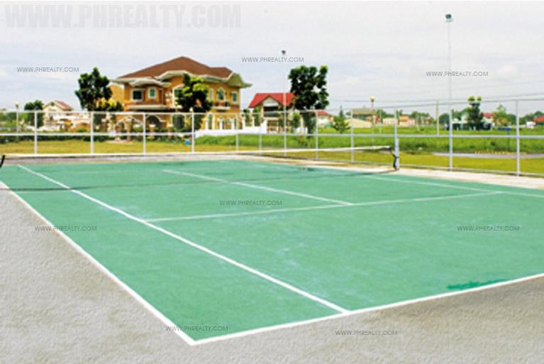 Brentwood Gardens - Tennis Court