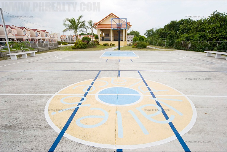Vallejo Place - Basketball