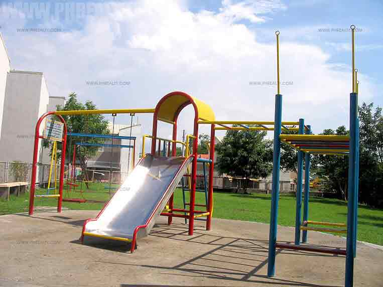 Vallejo Place - Childrens Playground