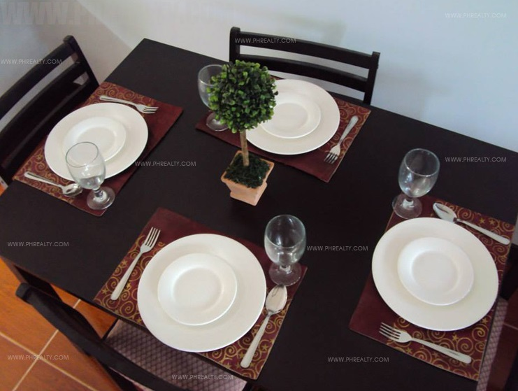 Alegria - Dining Set