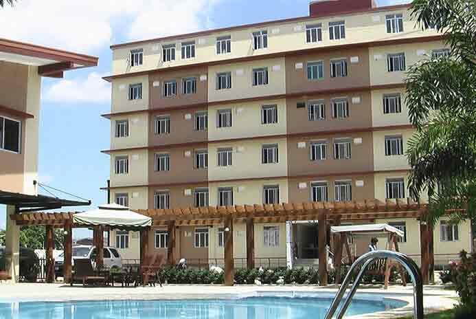Buildersville - Building Facade and Pool Area Model Unit
