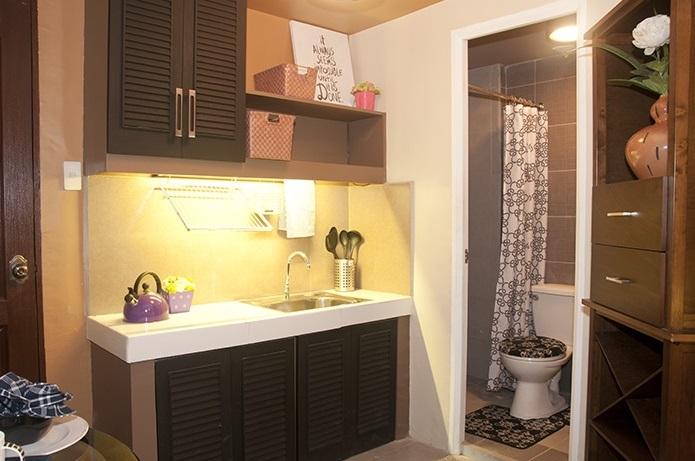 Buildersville - Kitchen and Bathroom
