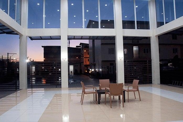 Buildersville - Lounge Area