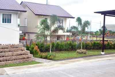 Holiday Homes - Garden
