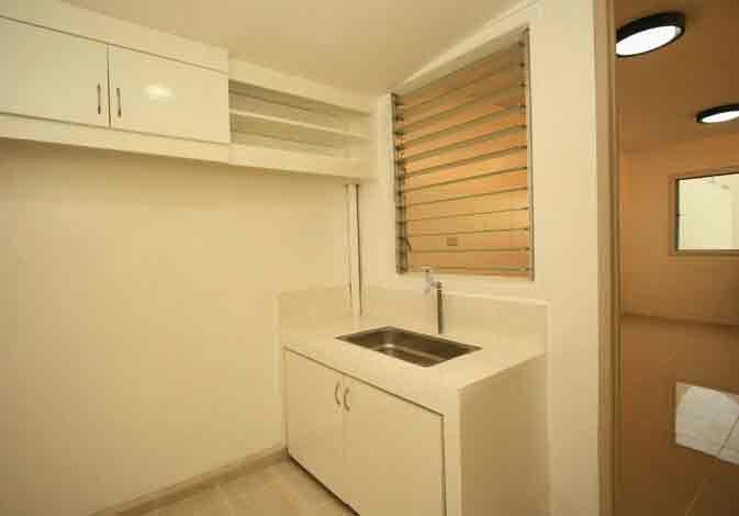 Neo Vista Homes - Kitchen
