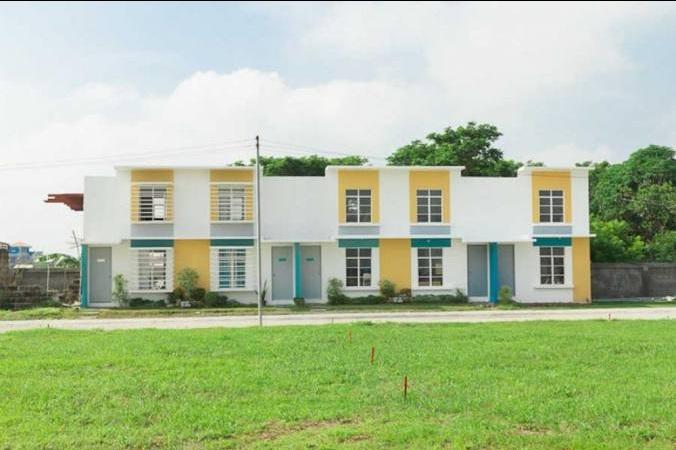 Peninsula Homes - Front View