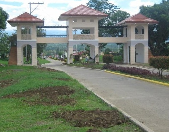 Deca Homes Resort Residences - Entrance Gate