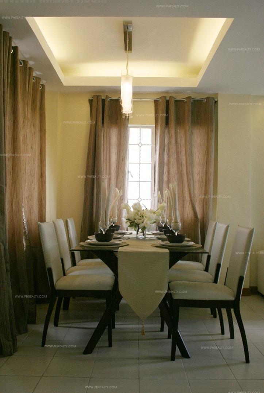 Gran Seville - Dining Area