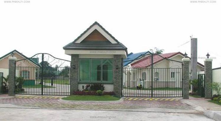 Crystal Place - Entrance Gate