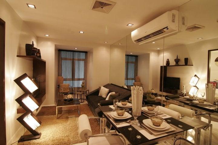 Victoria De Manila 2 - Living & Dining Area