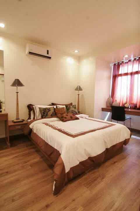 Victoria De Manila 2 - Master Bedroom