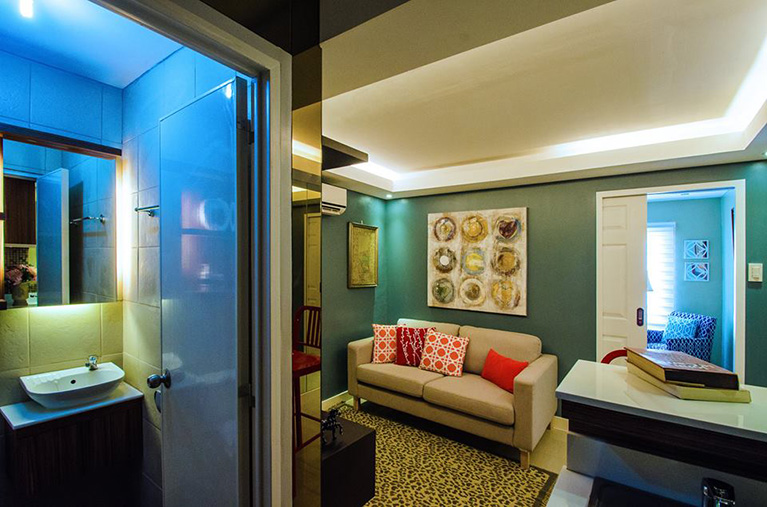 Urban Deca Homes Campville - Living Room